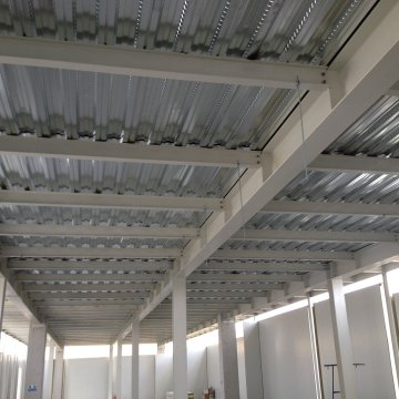 Under Concrete Trapeze Application